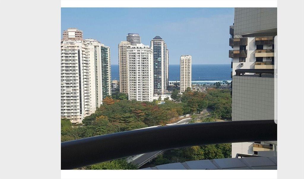 07ae5e3728 ... Barra · Quarto Apartamento Barra da tijuca Posto 5 - Quartos em Rua  Mário Covas Junior