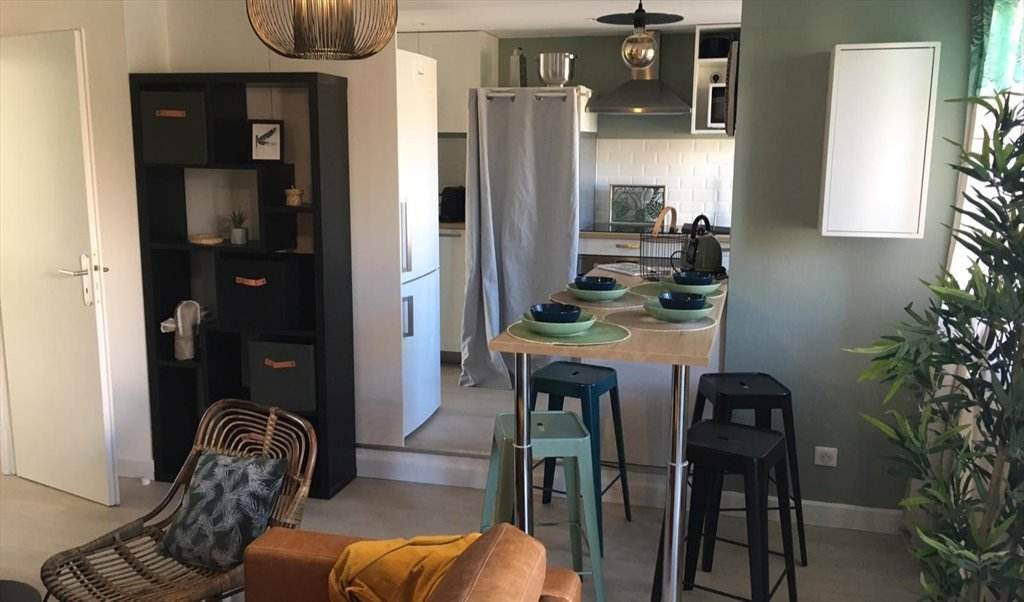 Colocation à Boulevard Lascrosses, Toulouse - Chambre meublée avec salle  d\'eau - TOULOUSE -   Appartager - €475