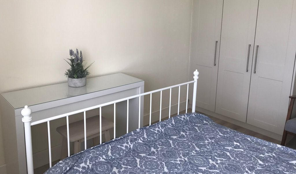 Room to rent in Barnwell Square West, Hansfield - Modern ...
