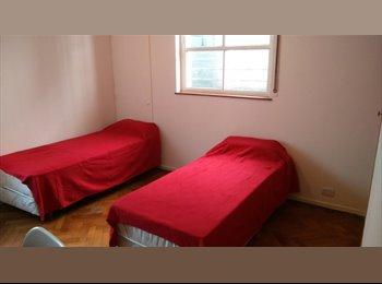 Habitaciones en alquiler casas y departamentos for Busco habitacion compartida