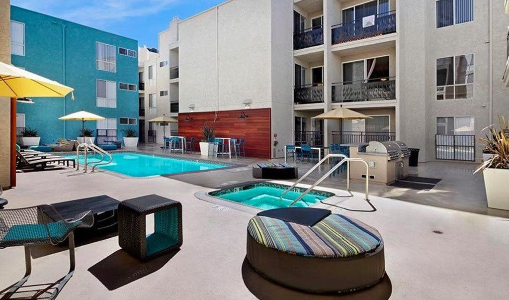 rooms in us formosa for rent apartment avenue north hollywood room west housinganywhere