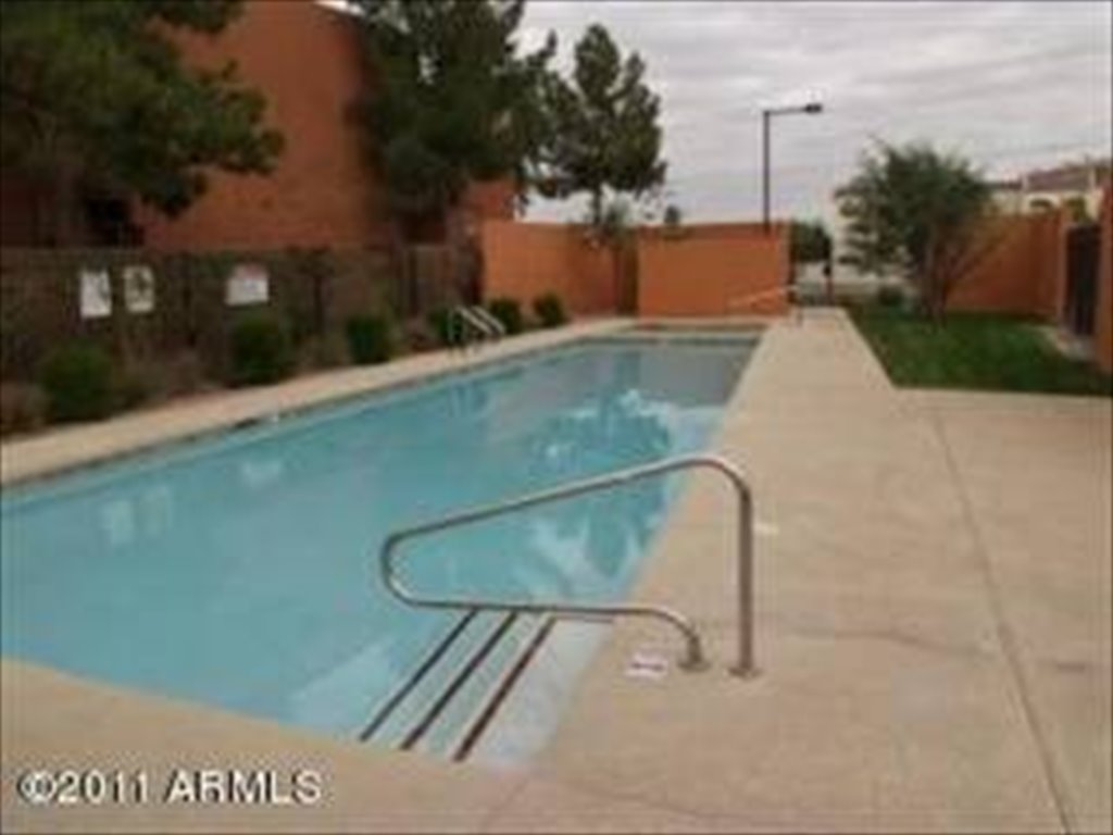 street w in pool for private at mins room furnished east roommate asulightrail walk rent tempe to