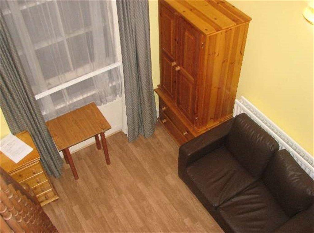 Room to rent in Saint Stephen\'s Gardens, London - Double Mezzanine ...