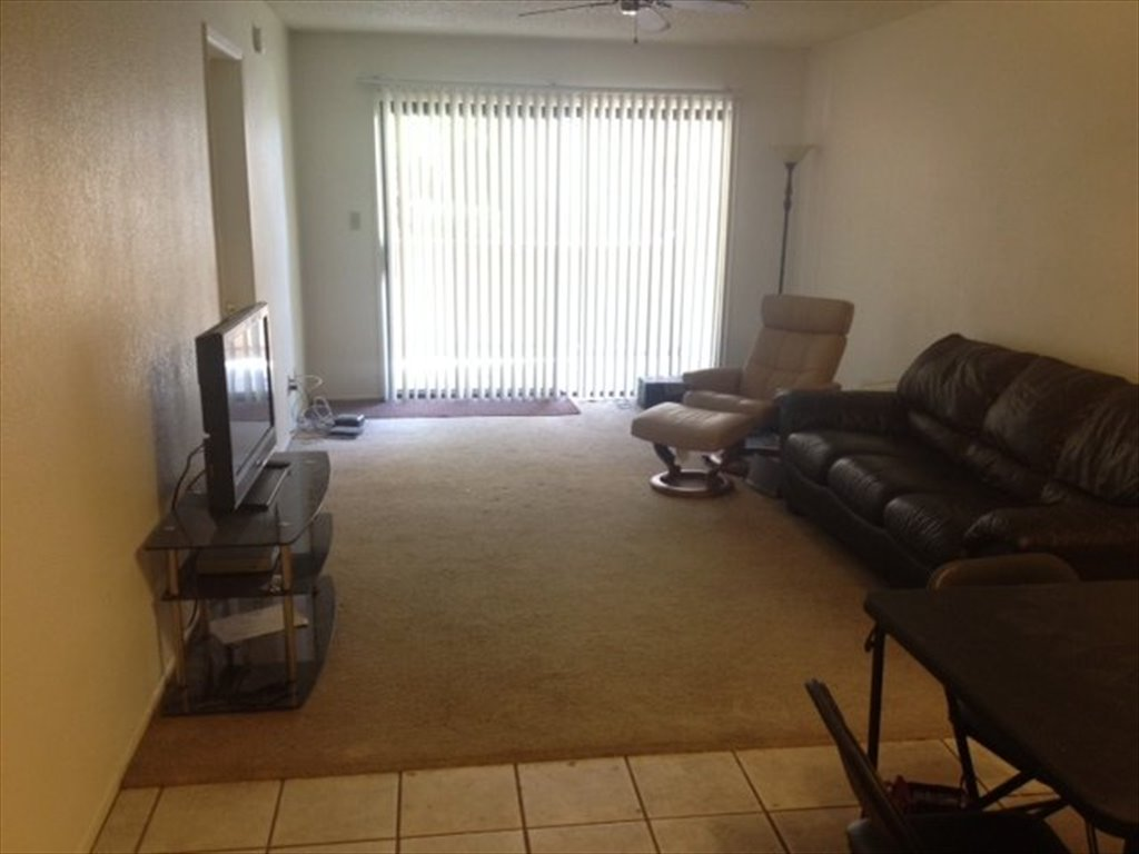 roommate at tempe private asulightrailtempe distance street walking furnished for room rent to in east