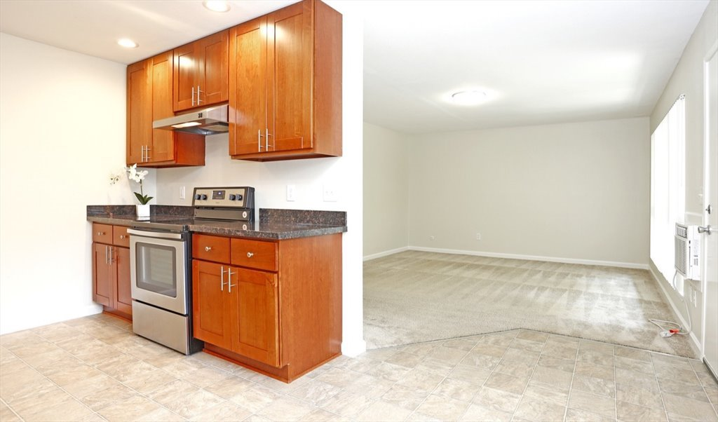 Room For Rent In Meridian Avenue Avis Cherry Great Private Room - Rooms for rent with private bathroom and kitchen