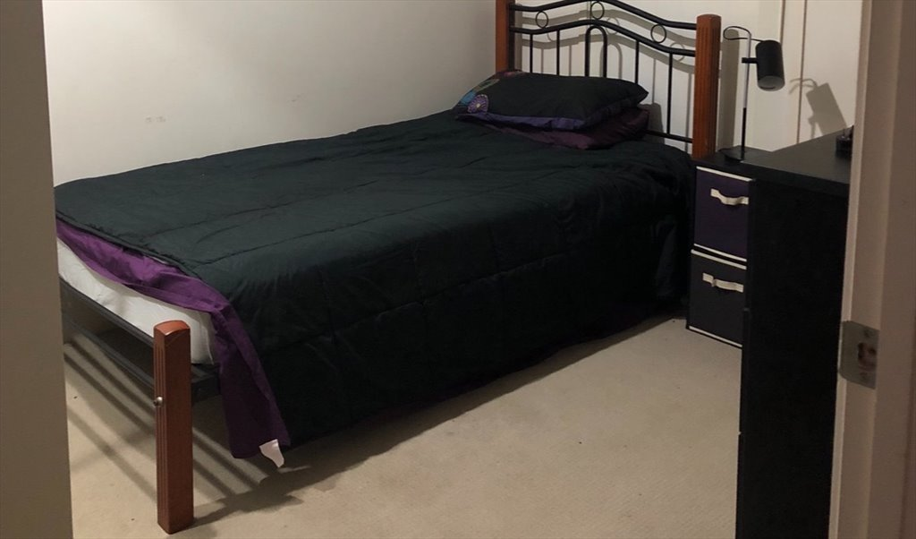 Room to rent in Talisker Street, Springfield Lakes - Housemate wanted  Springfield lakes - $150