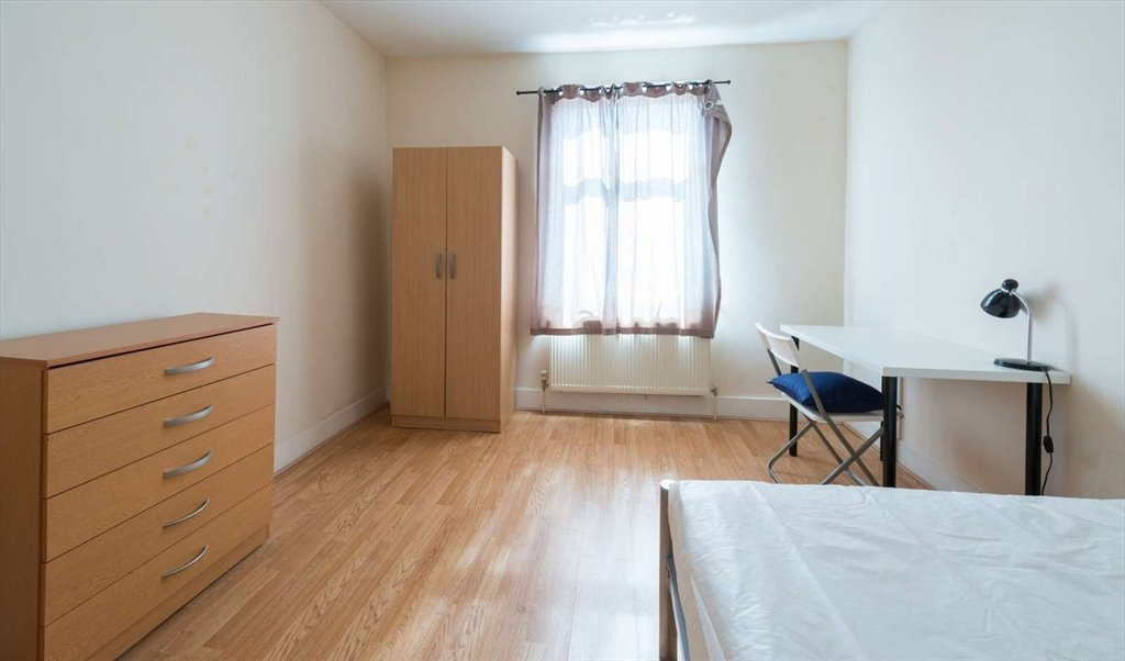 Room To Rent In Langham Road Ducketts Green Double Room For