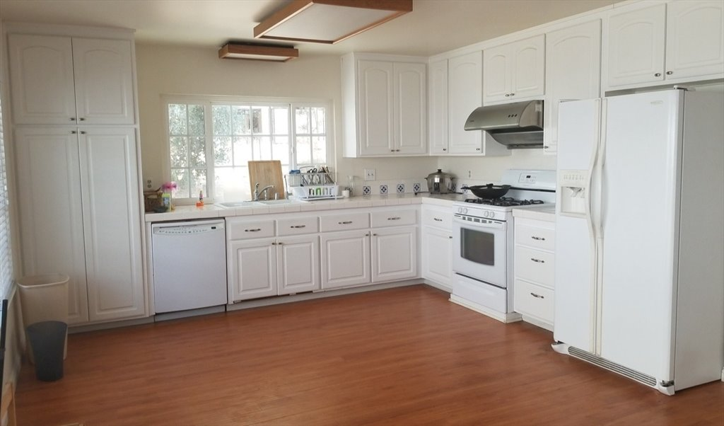 Room for rent in Pepperdale Drive, Rowland Heights - Beautiful House in  Rowland Heights - $800