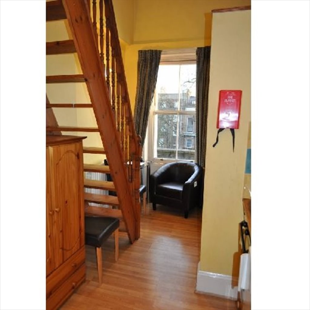 Room to rent in Saint Stephen\'s Gardens, London - Self-Contained ...