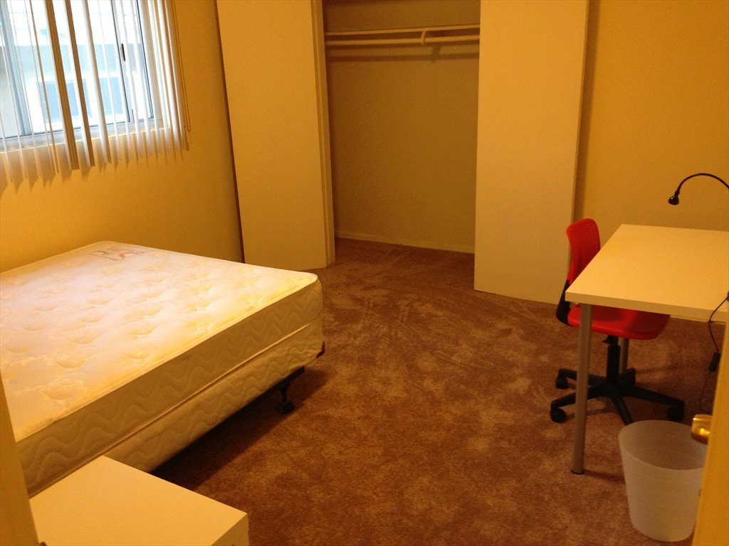 room for rent in armacost avenue west los angeles room in shared