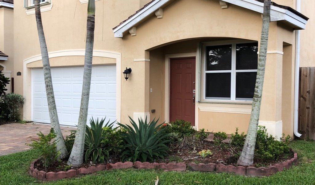 Room for rent in Southeast 31st Avenue, Homestead - Rooms for rent ...